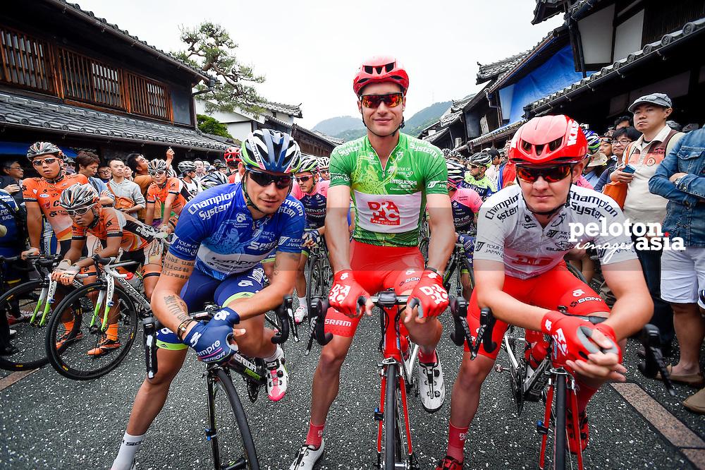 2014 Tour of Japan / stage2 / Japan / CLARKE William (AUS) / KERBY Jordan (AUS) / Drapac / POZZATO Filippo (ITA) / Lampre - Merida / start line
