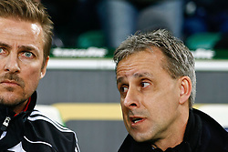 25.02.2010, Volkswagen Arena, Wolfsburg, GER, 1.FBL, VfL Wolfsburg vs Borussia Moenchengladbach, im Bild Pierre Littbarski (Chef-Trainer Wolfsburg) und Eyjolfur Sverrisson (Co-Trainer Wolfsburg) EXPA Pictures © 2011, PhotoCredit: EXPA/ nph/  Schrader       ****** out of GER / SWE / CRO  / BEL ******