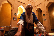 Morocco , Tamnoulgat village, restaurant , hotel guest house chez Yacob, in a clay house kasbah,  , near Agdz, Draa valley Morocco south - ksar and kasbah, clay fortified house , Tamnoulgat village , near Agdz, draa valley /  restaurant, hotel , maison d hote, chez Yacob dans une kasbah en terre a Tamnougalt à la sortie de Agdz  dans vallee du Draa,