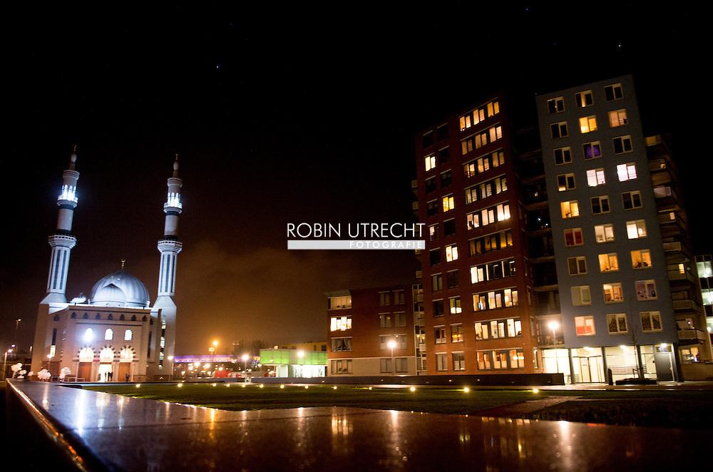 ROTTERDAM - Essalam moskee  IN ROTTERDAM  COPYRIGHT ROBIN UTRECHT