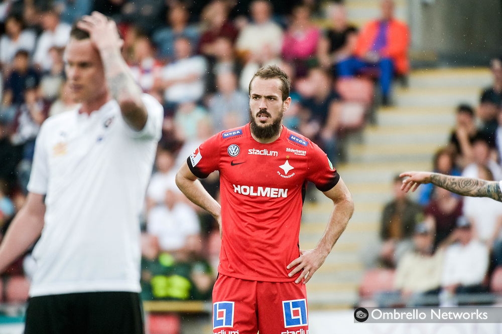 ÖREBRO, SWEDEN - MAY 22: Emir Kujovic of IFK Norrköping during the allsvenskan match between Örebro SK and IFK Norrköping at Behrn Arena on May 22, 2016 in Örebro, Sweden. Foto: Pavel Koubek/Ombrello