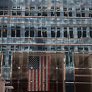 New York. mirror tower .madison and 44st   New York, Manhattan - United states    /  jeu de reflets, miroir ; sur madison et 44em  Manhattan, New York - Etats unis