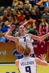 05-04-2017 NED:  CEV U18 Europees Kampioenschap vrouwen dag 4, Arnhem<br /> Nederland - Turkije 3-1 / Nederland doet zeer goede zaken en kan zich met winst op Itali&euml; zeker stellen van een halve finaleplaats - Demi Korevaar #7