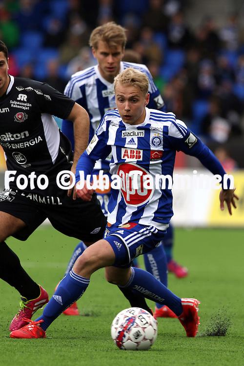 19.4.2015, Sonera stadion, Helsinki.<br /> Veikkausliiga 2015.<br /> Helsingin Jalkapalloklubi - FC Lahti..<br /> Matti Klinga - HJK