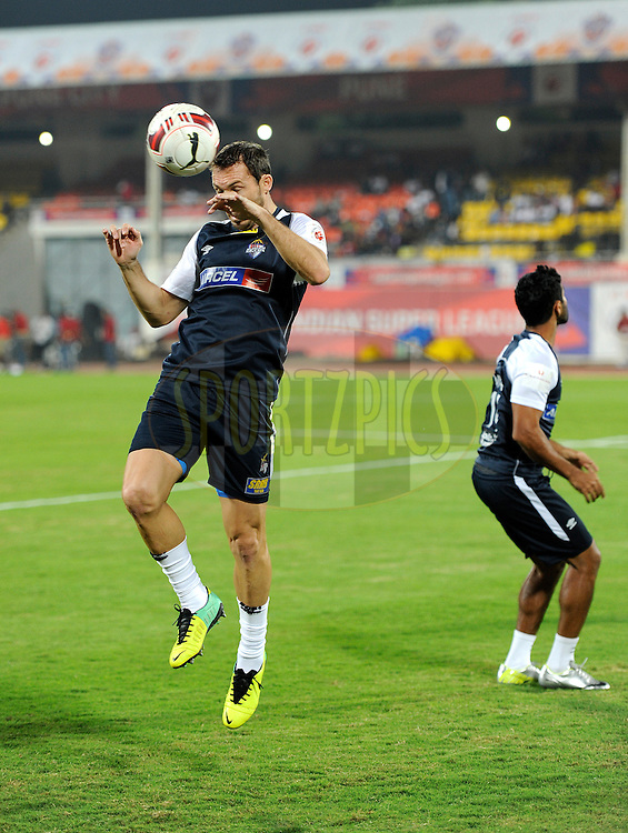 Jose Miguel Gonzalez Rey of Atletico de Kolkata during a warm up session before the start of the match 44 of the Hero Indian Super League between FC Pune City and Atletico de Kolkata FC held at the Shree Shiv Chhatrapati Sports Complex Stadium, Pune, India on the 29th November 2014.<br /> <br /> Photo by:  Pal Pillai/ ISL/ SPORTZPICS