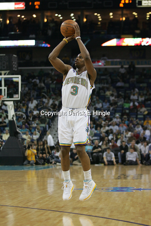 Hornets guard, Chris Paul shoots against the Washington Wizards on February 25, 2008 at the New Orleans Arena in New Orleans, Louisiana. The New Orleans Hornets lost 95-92 to the Washington Wizards.  .