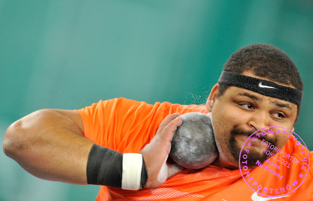 REESE HOFFA (USA) COMPETES IN MEN'S SHOT PUT EVENT DURING ATLETHICS MEETING PEDRO'S CUP IN LUCZNICZKA HALL IN BYDGOSZCZ, POLAND...BYDGOSZCZ, POLAND , FEBRUARY 10, 2010..( PHOTO BY ADAM NURKIEWICZ / MEDIASPORT )..PICTURE ALSO AVAIBLE IN RAW OR TIFF FORMAT ON SPECIAL REQUEST.