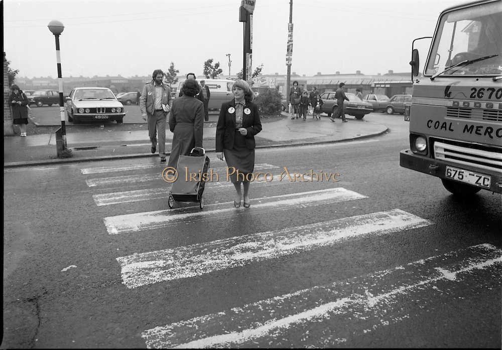 15/05/1982<br /> 05/15/1982<br /> 15 May 1982<br /> An Taoiseach, Mr Charles Haughey, canvasing with Fianna Fail bye-election candidate Eileen Lemass in Dublin West. Image shows Eileen Lemass on the campaign trail.