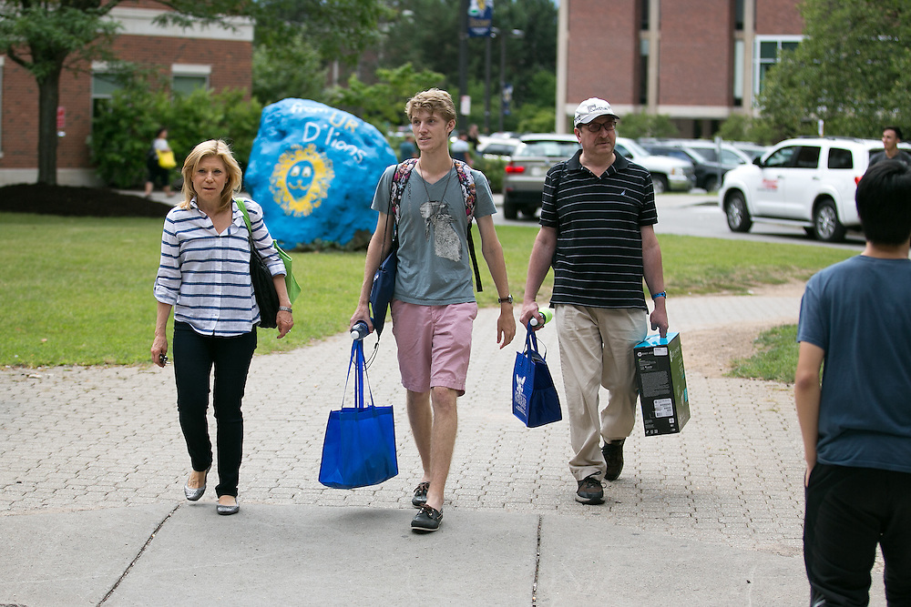 About 1,300 freshmen and 150 transfer students arrived on campus at the University of Rochester on Tuesday, August 25, 2015.
