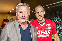 ALKMAAR - 10-09-2016, AZ - Willem II, AFAS Stadion, 2-0,  Hugo Hovenkamp, AZ speler Ron Vlaar