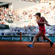 PARIS, FRANCE June 01. Sofia Kenin of the United States in action against Serena Williams of the United States  during the Women's Singles third round match on Court Philippe-Chatrier at the 2019 French Open Tennis Tournament at Roland Garros on June 1st 2019 in Paris, France. (Photo by Tim Clayton/Corbis via Getty Images)