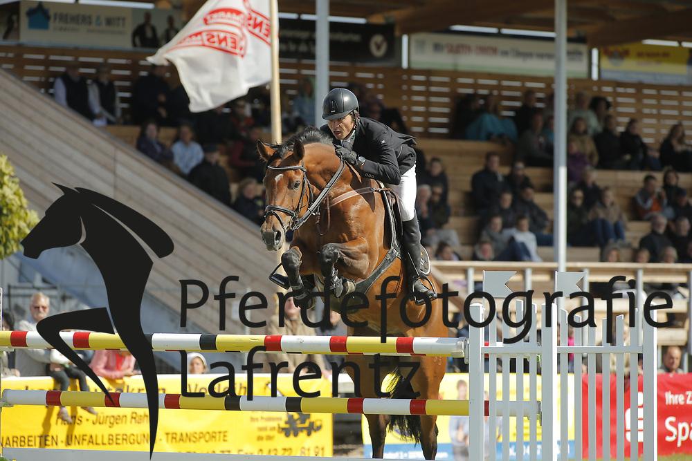 Haase Shibayama, Takashi, Steuberhof´s Everybody´s D<br /> Fehmarn - Pferdefestival 2014<br /> Jugend Team Cup<br /> © www.sportfotos-lafrentz.de/ Stefan Lafrentz