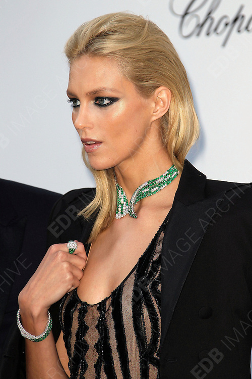 24.MAY.2012. CANNES<br /> <br /> ANJA RUBIK AT THE AMFAR CINEMA AGAINST AIDS 2012 DURING THE CANNES FILM FESTIVAL, CANNES, FRANCE.<br /> <br /> BYLINE: EDBIMAGEARCHIVE.CO.UK<br /> <br /> *THIS IMAGE IS STRICTLY FOR UK NEWSPAPERS AND MAGAZINES ONLY*<br /> *FOR WORLD WIDE SALES AND WEB USE PLEASE CONTACT EDBIMAGEARCHIVE - 0208 954 5968*