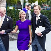 NLD/Apeldoorn/20130105 - Huwelijk prins Jaime en prinses Viktoria Cservenyak, Carlos en zus Caroline en partner Albert Brenninkmeijer