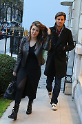 Kourtney Kardashian with her husband Scott Disick and son Mason are spotted filming their reality show, they going to the 'Pont des Arts', lunching to 'L'Avenue' Restaurant and shopping on the Francois 1er Street in Paris, France on November 12, 2012. Photo by ABACAPRESS.COM  Paparazzi Pictures Planque Stake Out  | 341867_015