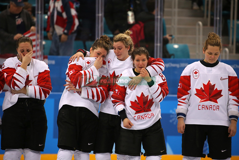 February 22, 2018 - Gangneung, South Korea - The Canada team fights back tears after losing 2:3 to USA in the Ice Hockey: Women's Gold Medal Game against Canada at Gangneung Hockey Centre during the 2018 Pyeongchang Winter Olympic Games.  (Credit Image: © Jon Gaede via ZUMA Wire)