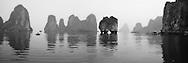 Vietnam Images-landscape-seascape-Ha Long bay hoàng thế nhiệm