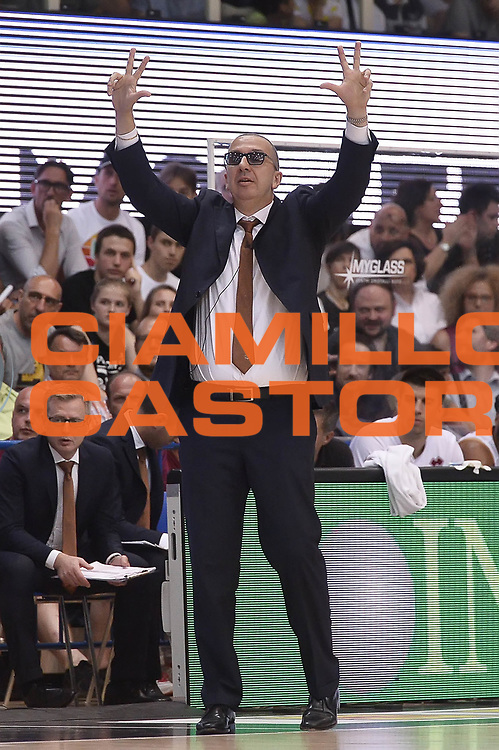 De Raffaele Walter<br /> Dolomiti Energia Aquila Basket Trento - Umana Reyer Venezia<br /> Playoff Gara 4<br /> Lega Basket 2016/2017<br /> Trento 16/06/2017<br /> Foto Ciamillo-Castoria