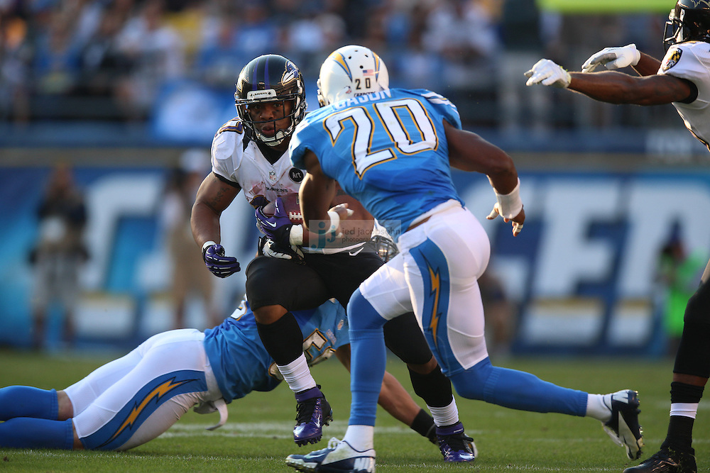 Baltimore Ravens running back Ray Rice (27) runs against the San Diego Chargers during an NFL game on Sunday, November 25, 2012 in San Diego, CA.  (Photo by Jed Jacobsohn)