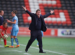 WIDNES, ENGLAND - Sunday, April 26, 2015: Liverpool's manager Matt Beard during the FA Women's Super League match against Manchester City at the Halton Stadium. (Pic by David Rawcliffe/Propaganda)