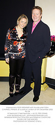 Impersonator RORY BREMNER with his wife artist TESSA CAMPBELL-FRASER, at a party in London on 5th December 2002.PFZ 24