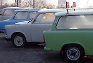 GER, Germany, Herleshausen, parked Trabant cars at the motorway station Herleshausen, covered with hoarfrost.....GER, Deutschland, Herleshausen, geparkte Trabis auf dem Rastplatz Herleshausen, bedeckt mit Raureif...Januar/January 1990......