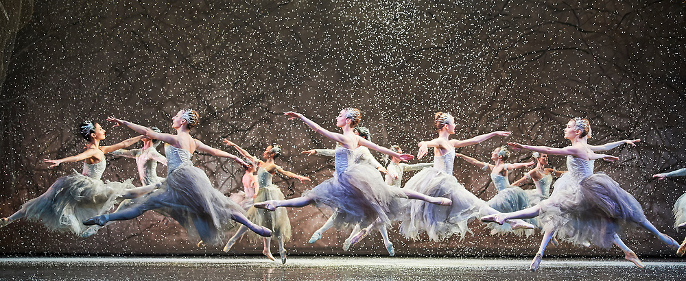 24th November 2017, the Birmingham Royal Ballet present  Sir Peter Wrights Production of the Nutcracker at the Birmingham Hippodrome.