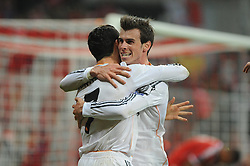 29.04.2014, Allianz Arena, Muenchen, GER, UEFA CL, FC Bayern Muenchen vs Real Madrid, Halbfinale, Ruckspiel, im Bild vl. Cristiano Ronaldo (Real Madrid) und Gareth Bale (Real Madrid) bejubeln das 0:3 durch Cristiano Ronaldo (Real Madrid) // during the UEFA Champions League Round of 4, 2nd Leg Match between FC Bayern Munich vs Real Madrid at the Allianz Arena in Muenchen, Germany on 2014/04/30. EXPA Pictures &copy; 2014, PhotoCredit: EXPA/ Eibner-Pressefoto/ Stuetzle<br /> <br /> *****ATTENTION - OUT of GER*****