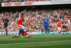 Goal, Hector Bellerin of Arsenal scores, Arsenal 1-0 Everton - Mandatory by-line: Jason Brown/JMP - 21/05/2017 - FOOTBALL - Emirates Stadium - London, England - Arsenal v Everton - Premier League