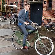 NLD/Amsterdam/20160929 - Dad's moment 2016, Evgeniy Levchenko op de fiets