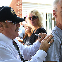 CANASTOTA, NY - JUNE 14: Referee Steve Smoger signs a fans shirt after the parade at the International Boxing Hall of Fame induction Weekend of Champions events on June 14, 2015 in Canastota, New York. (Photo by Alex Menendez/Getty Images) *** Local Caption *** Steve Smoger