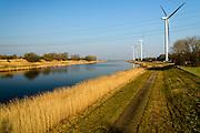 Nederland, Zeeland, Gemeente Reimerswaal, 17-03-2016; Bathse Spuikanaal.<br /> <br /> copyright foto/photo Siebe Swart