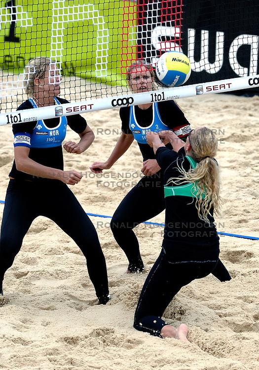 24-07-2007 VOLLEYBAL: WK BEACHVOLLEYBAL: GSTAAD<br /> Susanne Glesnes - actie beachvolley<br /> &copy;2007-WWW.FOTOHOOGENDOORN.NL