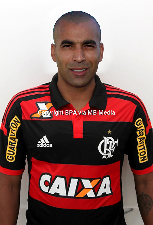 Brazilian Football League Serie A / <br /> ( Clube de Regatas do Flamengo ) - <br /> Marcio Passos de Albuquerque - Emerson Sheik