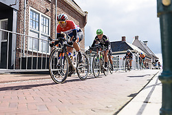 Lucinda Brand chases down Chantal Blaak's late attack - Energiewacht Tour 2016 - Stage 2. A 117 km road race starting and finishing in Winsum, Netherlands on April 7th 2016.