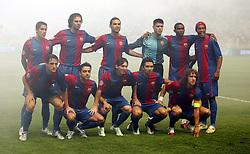 Barcelona Team Group 2006/07..(Back Row L/R) Sylvinho - Motta - Marquez - Victor Valdes - Etoo - Ronaldinho.(Front Row L/R).Belletti - Xavi - Messi - Deco - Puyol.Barcelone FC V  Seville- SuperCoupe d Europe - 25/08/06.