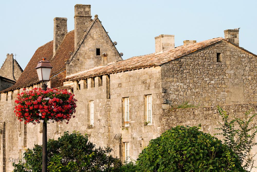 FRANCE, Saint Emilion<br /> Ancient buildings in town