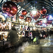 Decorazioni natalizie a Covent Garden.<br /> Christmas decorations in Covent Garden.<br /> <br /> #350d #photooftheday #picoftheday #bestoftheday #instadaily #instagood #follow #followme #nofilter #everydayuk #canon #buenavistaphoto #photojournalism #flaviogilardoni <br /> <br /> #london #uk #greaterlondon #londoncity #centrallondon #cityoflondon #londontaxi #londonuk #visitlondon<br /> <br /> #photo #photography #photooftheday #photos #photographer #photograph #photoofday #streetphoto #photonews #amazingphoto #blackandwhitephoto #dailyphoto #funnyphoto #goodphoto #myphoto #photoftheday #photogalleries #photojournalist #photolibrary #photoreportage #pressphoto #stockphoto #todaysphoto #urbanphoto