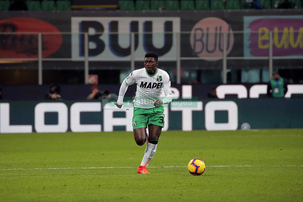 January 19, 2019 - Milan, Milan, Italy - Alfred Duncan #32 of US Sassuolo in action during the serie A match between FC Internazionale and US Sassuolo at Stadio Giuseppe Meazza on January 19, 2019 in Milan, Italy. (Credit Image: © Giuseppe Cottini/NurPhoto via ZUMA Press)