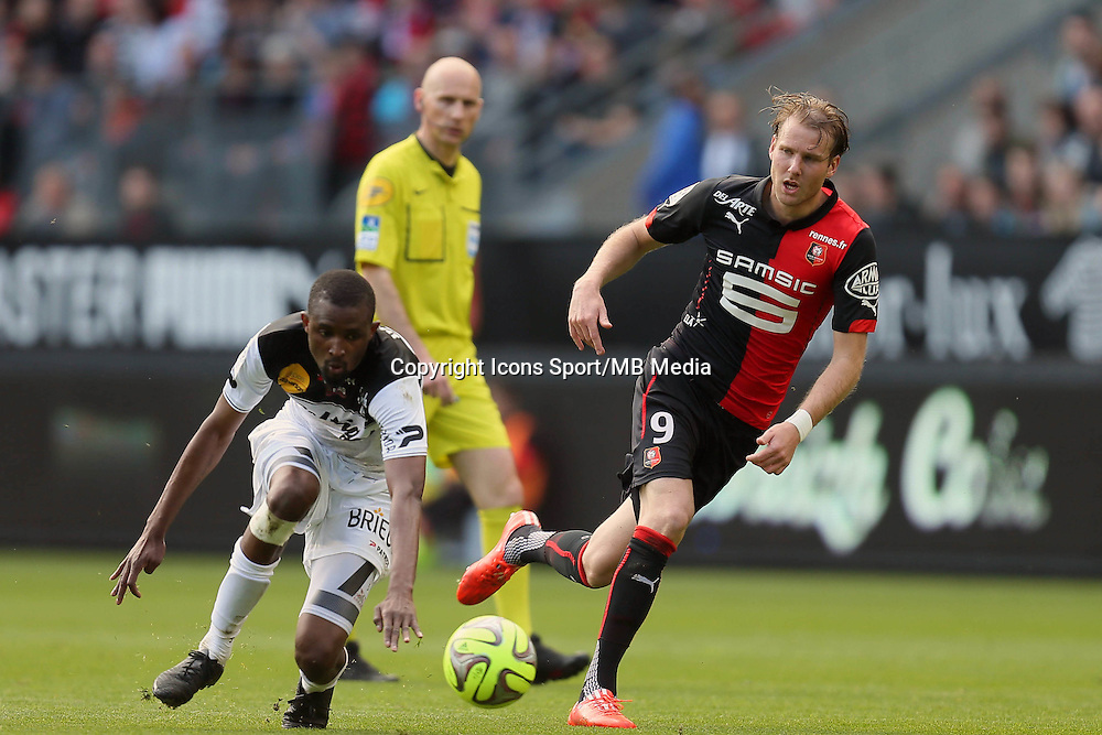 Ola TOIVONEN / Moustapha DIALLO - 12.04.2015 - Rennes / Guingamp - 32eme journee de Ligue 1 <br />