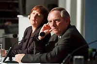 11 JAN 2000, BERLIN/GERMANY:<br /> Wolfgang Sch&auml;uble, CDU Vorsitzender, w&auml;hrend der Pressekonferenz &quot;100.000-Mark-Spende des Waffenh&auml;ndlers Schreiber&quot;, im Hintergrund: Angela Merkel, CDU Generalsekret&auml;rin, CDU Bundesgesch&auml;ftsstelle<br /> IMAGE: 20000111-01/02-13<br /> KEYWORDS: Wolfgang Schaeuble