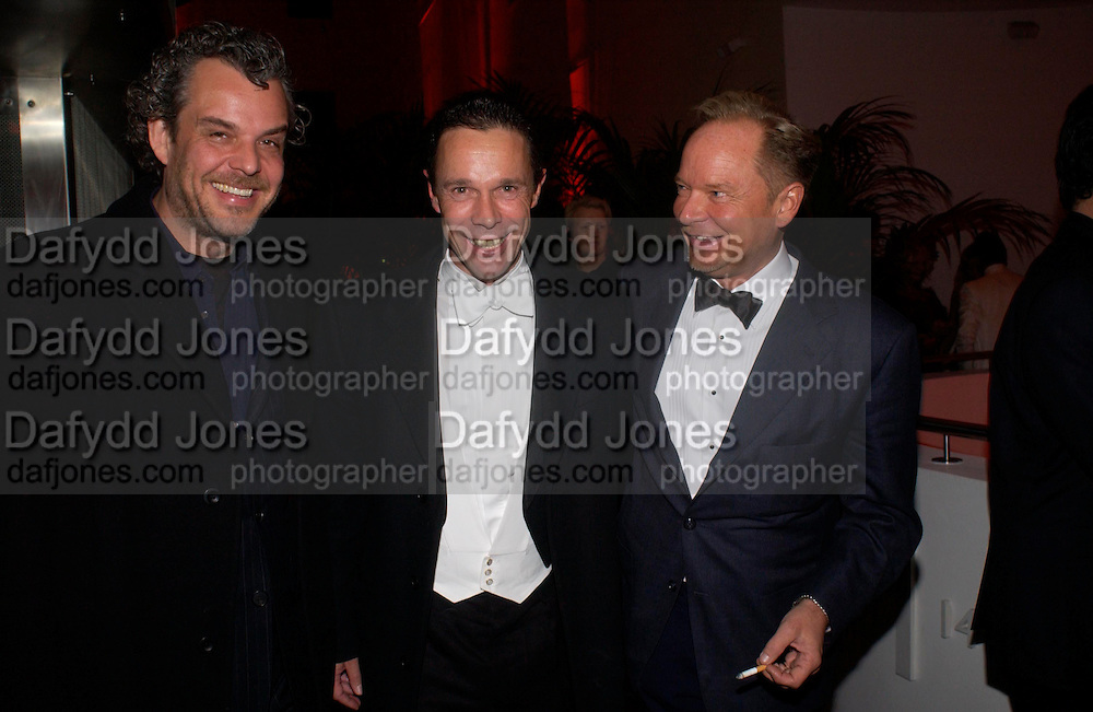 Danny Huston, Mark Crowdy and Tony Hickox. Andy & Patti Wong's Chinese New Year party to celebrate the year of the Rooster held at the Great Eastern Hotel, Liverpool Street, London.29th January 2005. The theme was a night of hedonism in 1920's Shanghai. . ONE TIME USE ONLY - DO NOT ARCHIVE  © Copyright Photograph by Dafydd Jones 66 Stockwell Park Rd. London SW9 0DA Tel 020 7733 0108 www.dafjones.com
