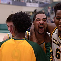 4th year forward Shawn Lathan (1) of the Regina Cougars during the Men's Basketball home game on November 24 at Centre for Kinesiology, Health and Sport. Credit: Arthur Ward/Arthur Images