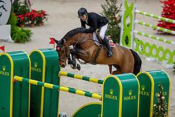 RUTSCHI Niklaus (SUI), Ambre de la Cense<br /> Genf - CHI Geneve Rolex Grand Slam 2019<br /> Prix des Communes Genevoises<br /> 2-Phasen-Springen<br /> International Jumping Competition 1m50<br /> Two Phases: A + A, Both Phases Against the Clock<br /> 13. Dezember 2019<br /> © www.sportfotos-lafrentz.de/Stefan Lafrentz