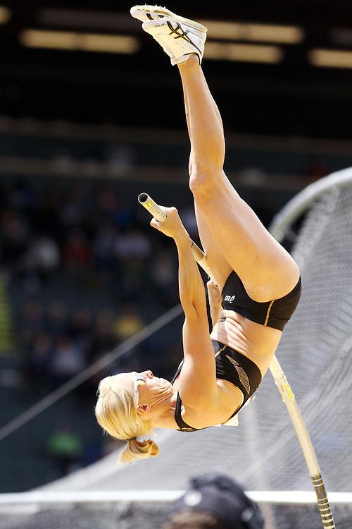 Becky Holliday pole vaults onto Olympic team