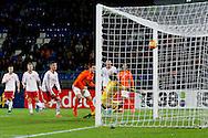 12-11-2015 VOETBAL:JONG ORANJE-JONG WIT RUSLAND:TILBURG<br /> Koning Willem II Stadion EK-kwalificatiewedstrijd<br /> <br /> Jong oranje speler Vincent Janssen (AZ) schiet de winnende treffer binnen achter doelman Vladislav Vasilyuchek<br /> <br /> Foto: Geert van Erven