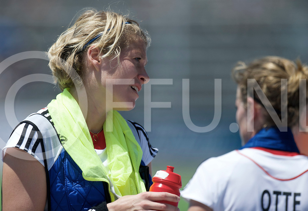 TUCUMAN - Hock World League round 4 Women<br /> Germany v Korea<br /> foto: Lena Jacobi with cold shirt.<br /> FFU PRESS AGENCY COPYRIGHT FRANK UIJLENBROEK