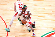 DESCRIZIONE : Milano NBA Global Games EA7 Olimpia Milano - Boston Celtics<br /> GIOCATORE : Oliver Lafayette<br /> CATEGORIA : Palleggio blocco<br /> SQUADRA :  Olimpia EA7 Emporio Armani Milano<br /> EVENTO : NBA Global Games 2016 <br /> GARA : NBA Global Games EA7 Olimpia Milano - Boston Celtics<br /> DATA : 06/10/2015 <br /> SPORT : Pallacanestro <br /> AUTORE : Agenzia Ciamillo-Castoria/IvanMancini<br /> Galleria : NBA Global Games 2016 Fotonotizia : NBA Global Games EA7 Olimpia Milano - Boston Celtics