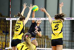 26-11-2015 SLO: Champions League Calcit Ljubljana - VakifBank Istanbul, Ljubljana<br /> Monika Potokar of Calcit Ljubljana vs Anne Buijs of VakifBank Istanbul and Robin De Kruijf of VakifBank Istanbul<br /> <br /> ***NETHERLANDS ONLY***