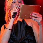 NLD/Huizen/20100917 - South Sea Jazz Huizen 2010, presentatrice Tineke Scholten
